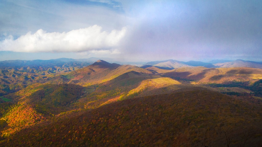 Fall colors on Elk Knob summit
