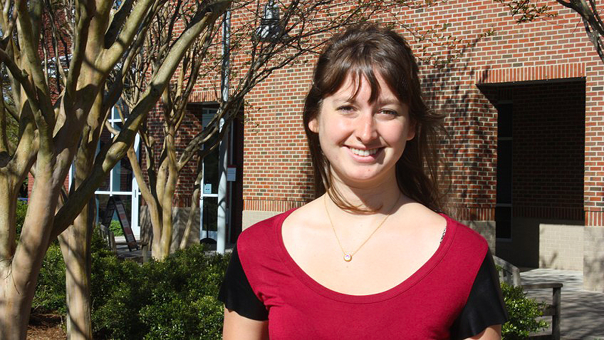 Fitts Scholar and engineering graduate Elle Howe.