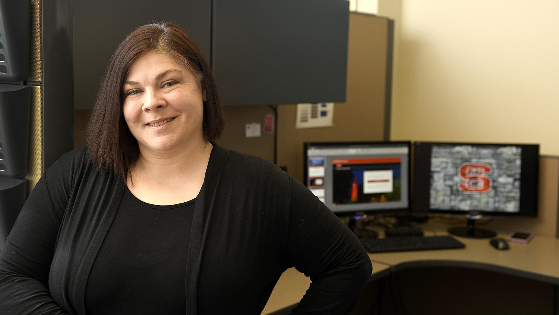 Lynley Wentzel in front of computer screen.