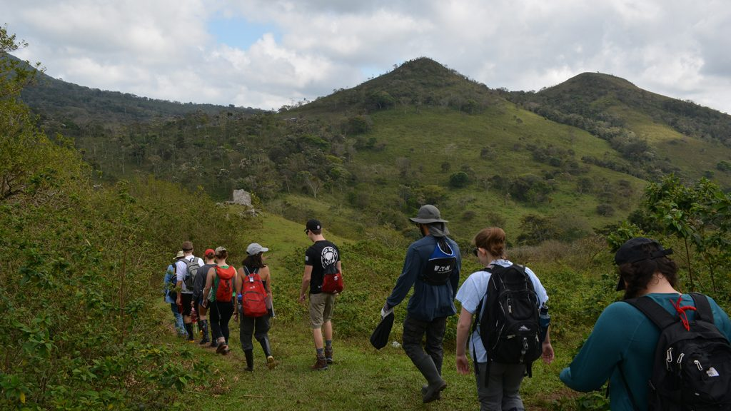Students hike in a mountainous area of Nicaragua