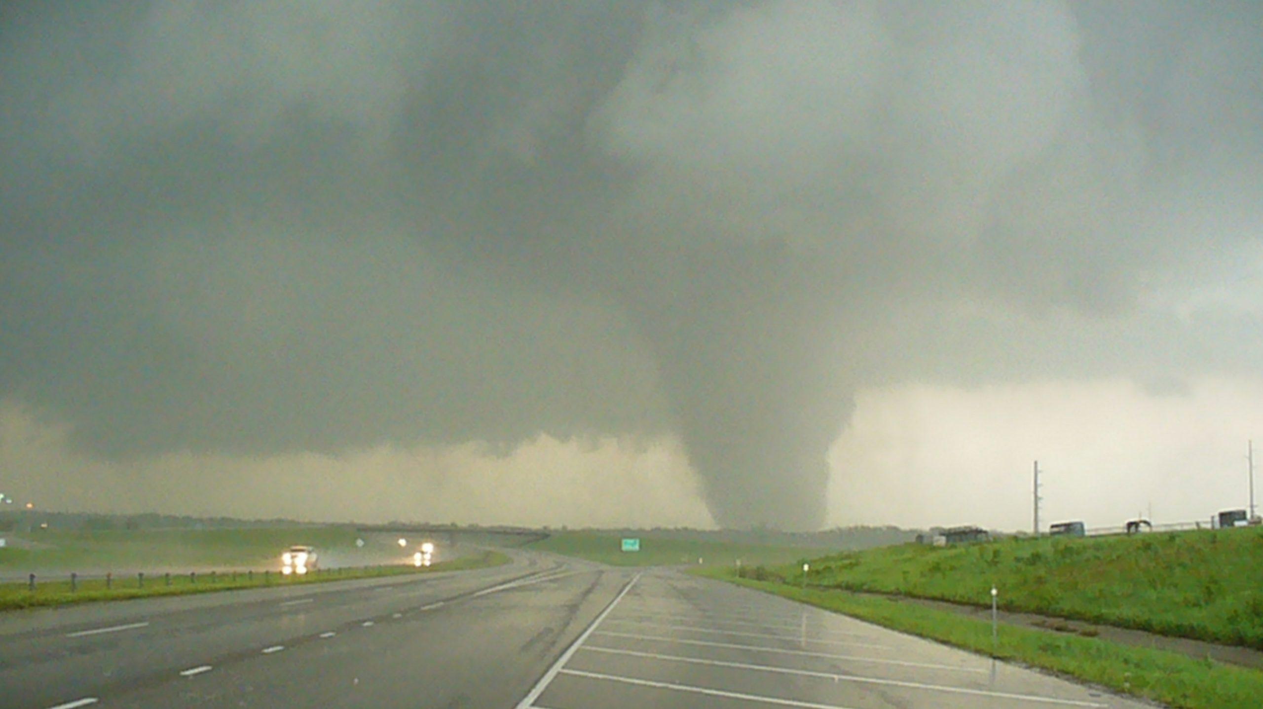 Tornado in Oklahoma, 2013. (NOAA)