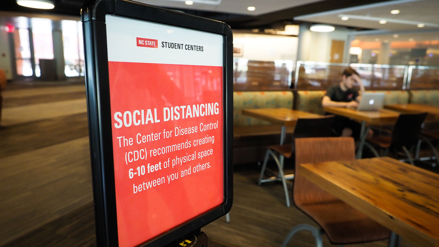 A social distancing sign at Talley Student Union during the COVID-19 outbreak