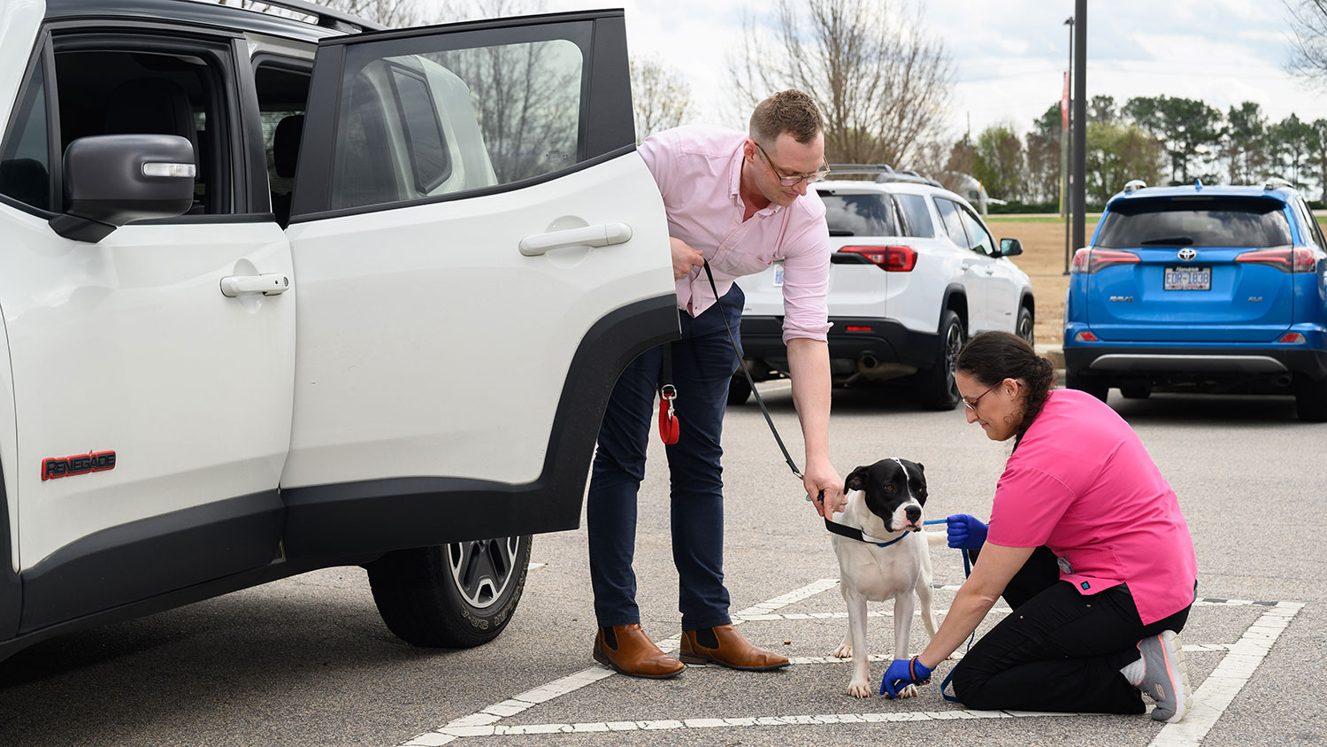 Curbside service in action at the NC State Veterinary Hospital.