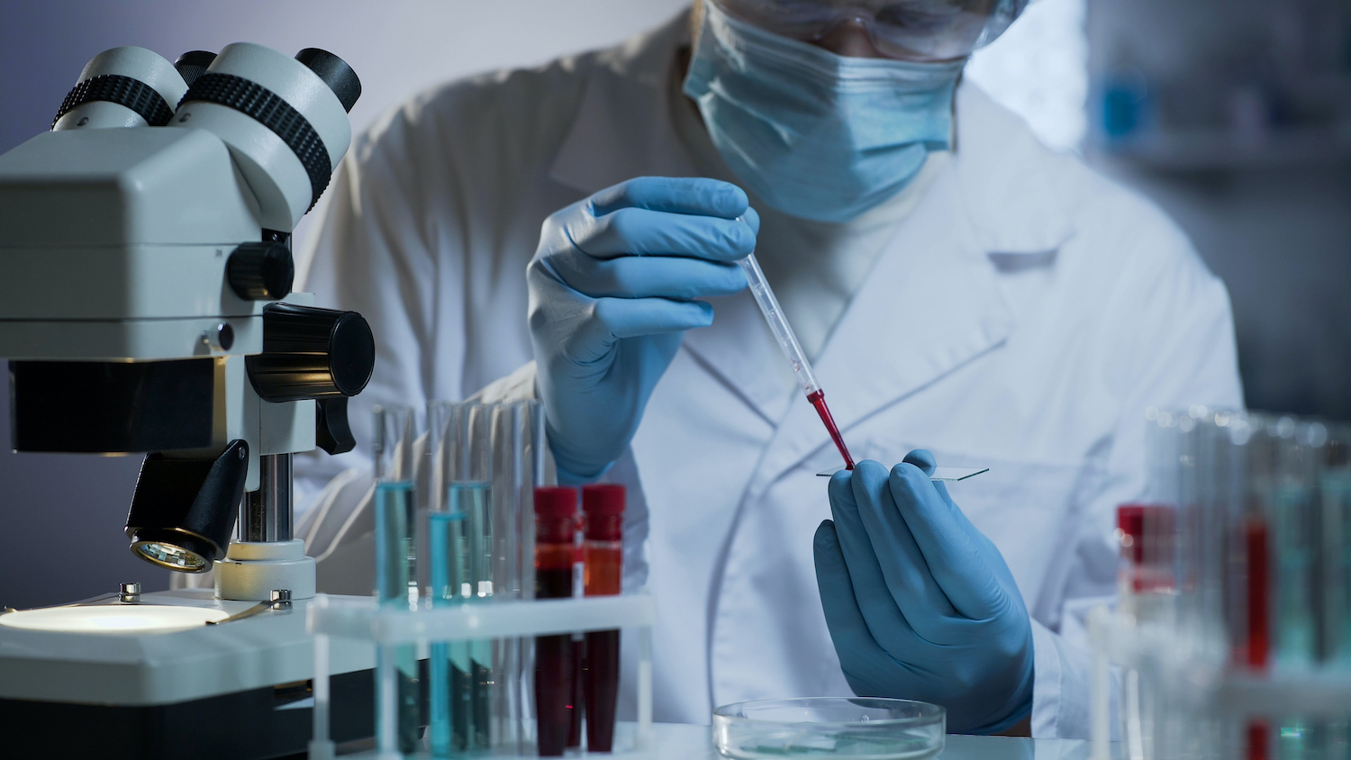 lab technician at work in a hospital laboratory